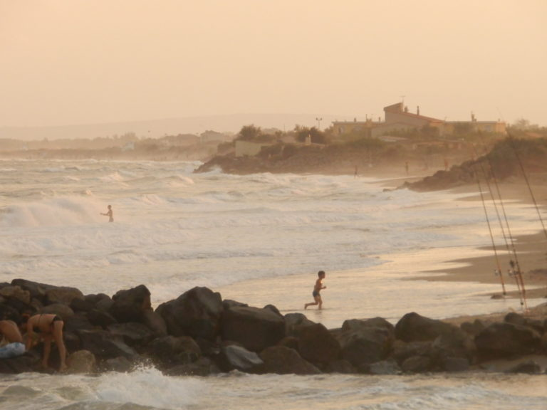 Strand Mediterran Meer Wellen